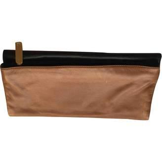 Fendi Camel Leather Clutch bags