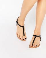 Daisy Street Black Toe Post Flat Sandals