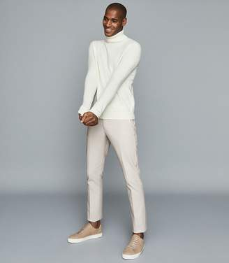 Reiss Eastbury Slim - Slim Fit Chinos in Stone