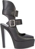 Vera Wang buckled platform pumps - women - Leather - 35