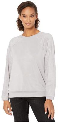 Dylan by True Grit Minky Cotton Ultra Soft Fleece Sweatshirt (Heather Chrome) Women's Clothing