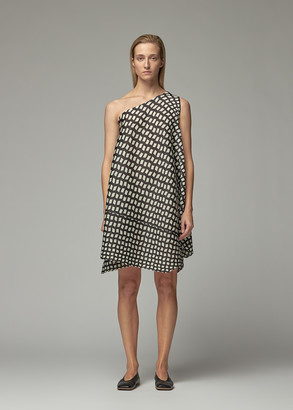 Pleats Please Issey Miyake Women's Printed One Shoulder Dress in Black Size 3