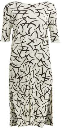 Pleats Please Issey Miyake Abstract Print Pleated T Shirt Dress - Womens - White Black