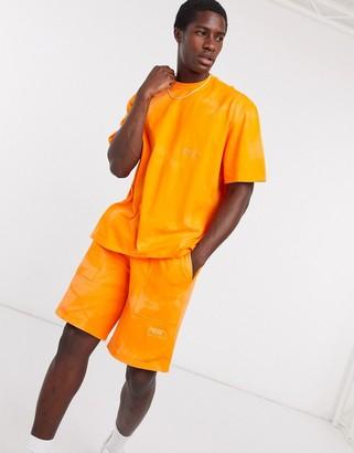 Puma heavy classics shorts in orange