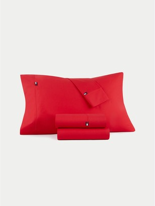Tommy Hilfiger Signature Solid Red Sheet Set