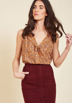 Isle Be Seeing You Sleeveless Top in Botanical in 4X