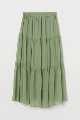 H&M MAMA Crinkled Skirt - Green
