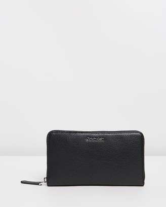 Calvin Klein Neat Zip-Around Extra-Large Wallet