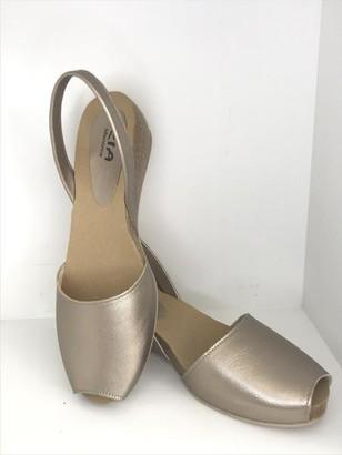 riA Shoes - 38 / Gold-Bronze metallic / Leder