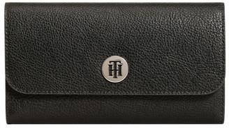 Tommy Hilfiger The Core Large Plaque Wallet