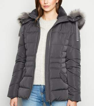 New Look Faux Fur Hood Fitted Puffer Jacket