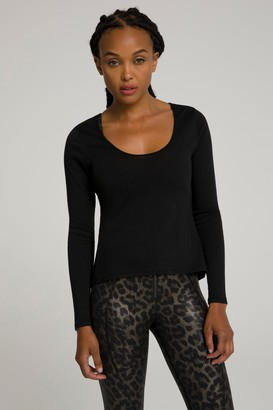 Good American Knotted Back Top   Black001