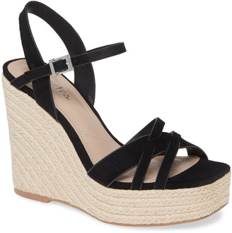 Charles by Charles David Dulce Wedge Sandal