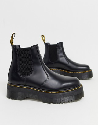Dr. Martens 2976 platform chelsea boots in black