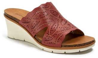 Bare Traps Barb Wedge Sandal