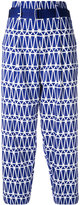 Issey Miyake printed cropped trousers - women - Cotton/Polyester/Lyocell - 3
