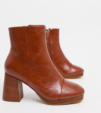 ASOS DESIGN Wide Fit Rhona platform boots in tan