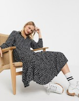 Monki floral print tiered midi shirt dress in black