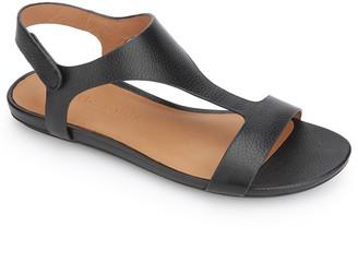 Gentle Souls by Kenneth Cole Women's Sandals BLACK - Black Lark Leather T-Strap Sandal - Women