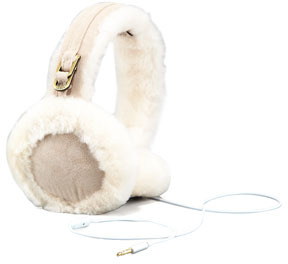 UGG Classc Earmuffs with Speaker, Sand