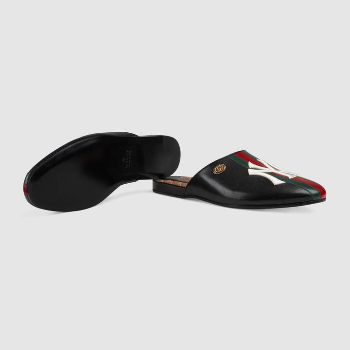 Gucci Men's slipper with NY YankeesTM patch