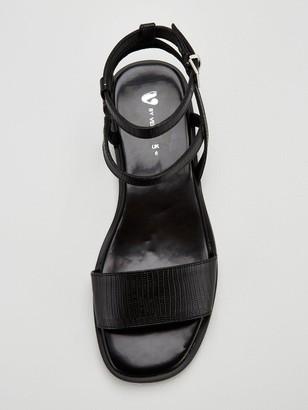 Very Hope Slim Wedge Square Toe Sandals - Black