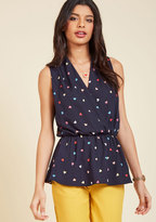 Great Gal in the Corner Office Sleeveless Top in Hearts in L