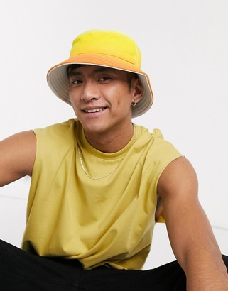 SVNX bucket hat in ombre