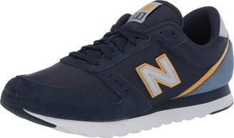 New Balance mens 311 V2 Sneaker