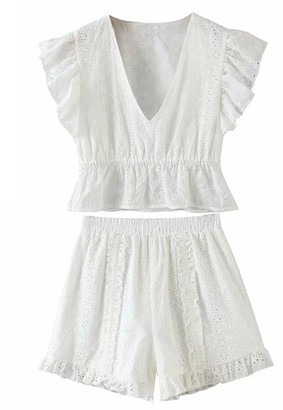 Goodnight Macaroon 'Reese' Eyelet V-Neck Top and Shorts Set