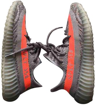 Yeezy Boost 350 V2 Grey Cloth Trainers