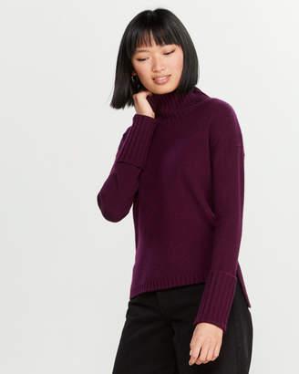 Kier & J Cashmere Ribbed Turtleneck Sweater