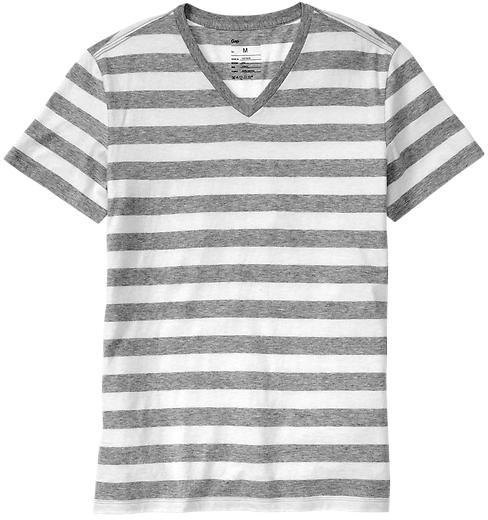 Gap The essential striped V-neck T
