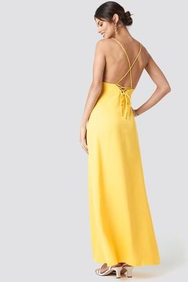NA-KD Tie Back Maxi Dress