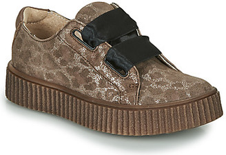 Catimini CAVANILLE girls's Shoes (Trainers) in Brown