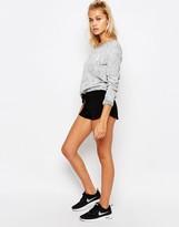 Undiz Black Short