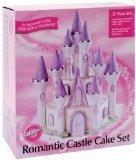 Wilton 32-Piece Romantic Castle Display Set