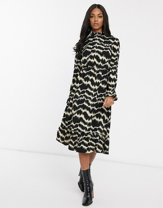 Vero Moda midi dress with high neck in black marble print