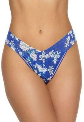 Hanky Panky Signature Lace Floral Thong Panty