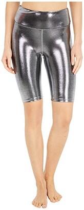 Heroine Sport Marvel Biker Shorts (Platinum) Women's Shorts