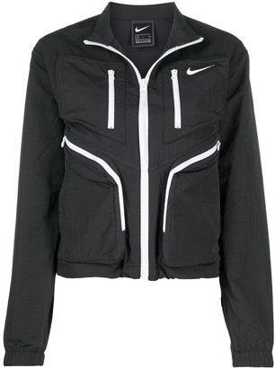 Nike Multi-Pocket Lightweight Jacket