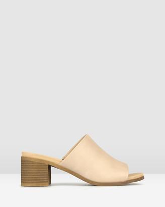 betts Eva Block heeled Mule