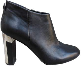 Max & Co. Black Leather Ankle boots