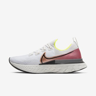 Nike Men's Running Shoe React Infinity Run Flyknit
