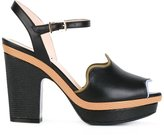 Fendi Waves sandals - women - Calf Leather/Leather - 40