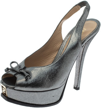 Fendi Grey Lame Fabric Fendista Bow Peep Toe Slingback Platform Pumps Size 39