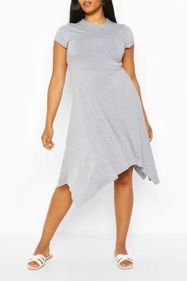boohoo Plus Short Sleeve Hanky Hem Midi Dress