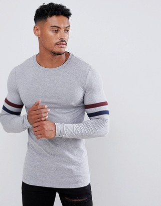 Asos Design DESIGN organic muscle longline long sleeve t-shirt with contrast sleeve stripe in gray marl