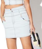 Juniors' Vylette Embroidered Denim Skirt