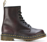 Dr. Martens 8 eyelet lace-up boots - women - Leather/Suede/rubber - 38